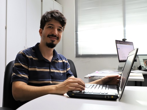 O analista Marco Antonio de Albuquerque dá dicas de como manter uma navegação segura.JPG