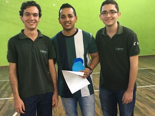 José Roberto Teixeira foi quem deu início a orientação de Eduardo Lúcio e dezenas de alunos do Campus Arapiraca nas olimpíadas de Matemática.jpg